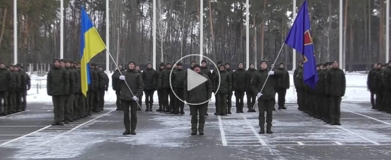 Гвардійці центру підготовки підрозділів НГУ взяли участь у флешмобі на підтримку українських моряків. Відео