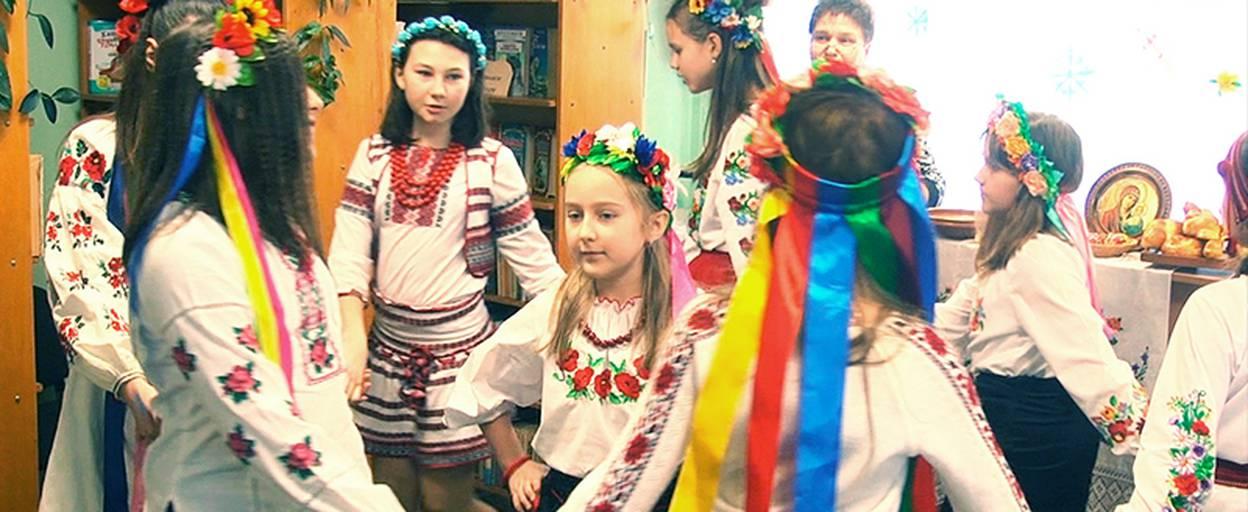 Стрітення Господнє: для школярів Борисполя влаштували народні святкування. Відео