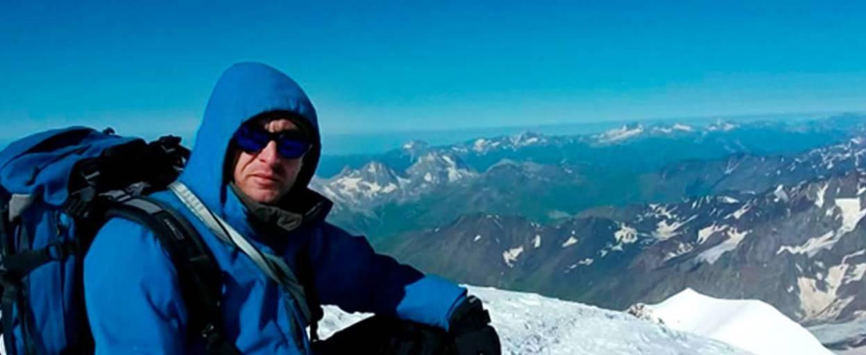 Альпініст із Борисполя самотужки підкорив одну з найвищих вершин Європи. Відео