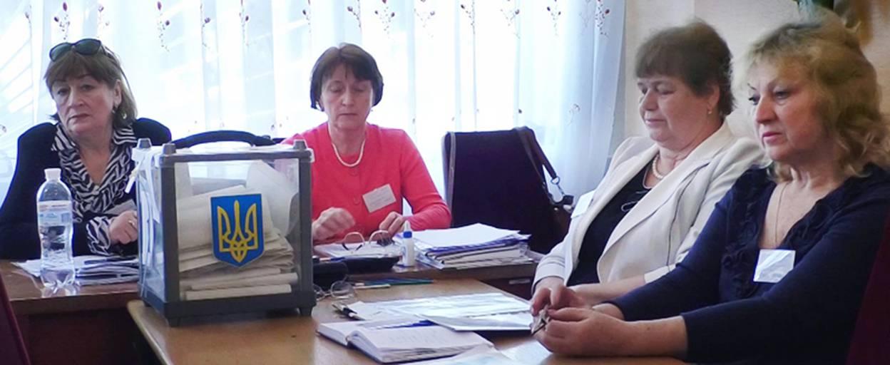 У районній лікарні працює спеціальна виборча дільниця для бориспільців, які перебувають на лікуванні. Відео