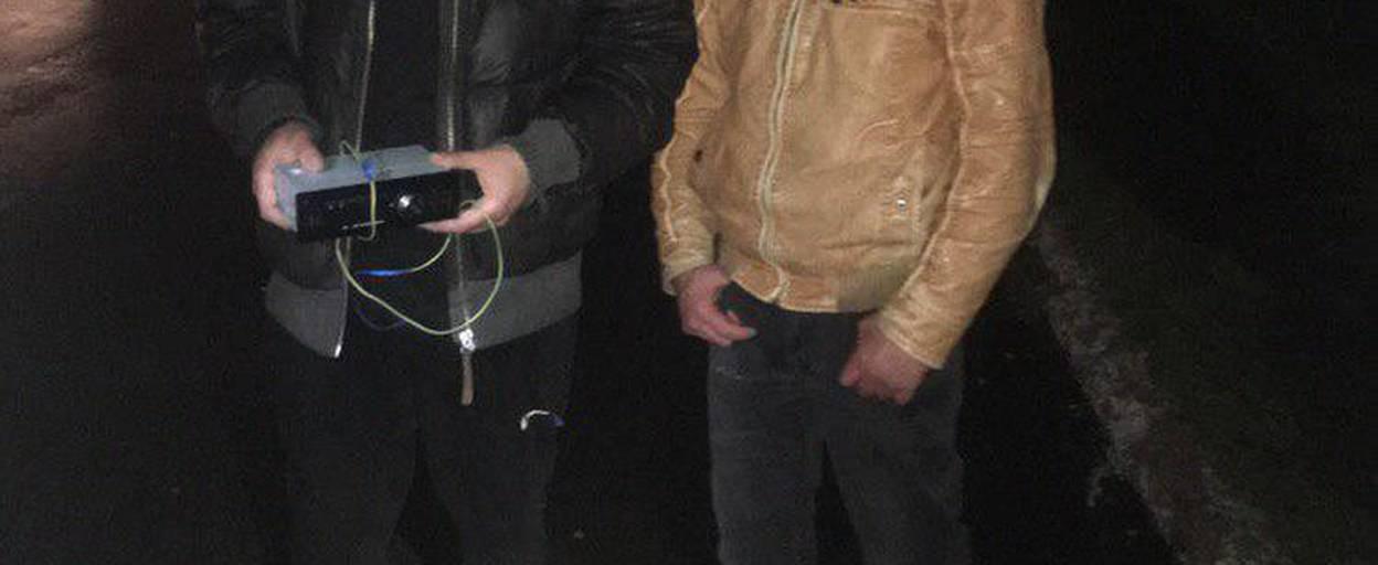 Завдяки пильності громадян патрульні Борисполя затримали ймовірних автомобільних крадіїв. Фото