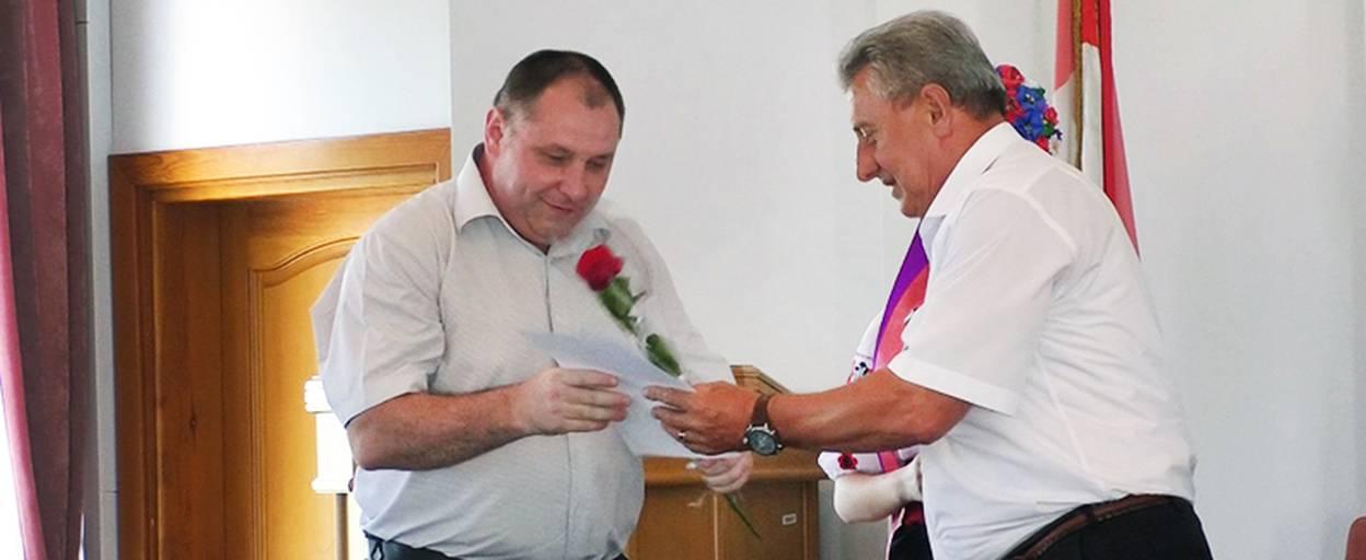 Медичних працівників Борисполя привітали з професійним святом та відзначили нагородами. Відео