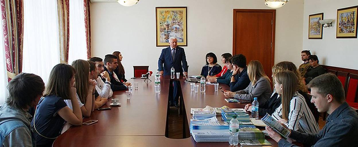 Мер Борисполя провів зустріч зі студентами Університету Грінченка. Відео