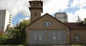 Місце для реклами, ЦНАП чи музей - активісти борються за майбутнє старої вежі