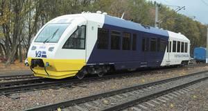 Потяг Kyiv Boryspil Express збив дівчину, яка йшла коліями