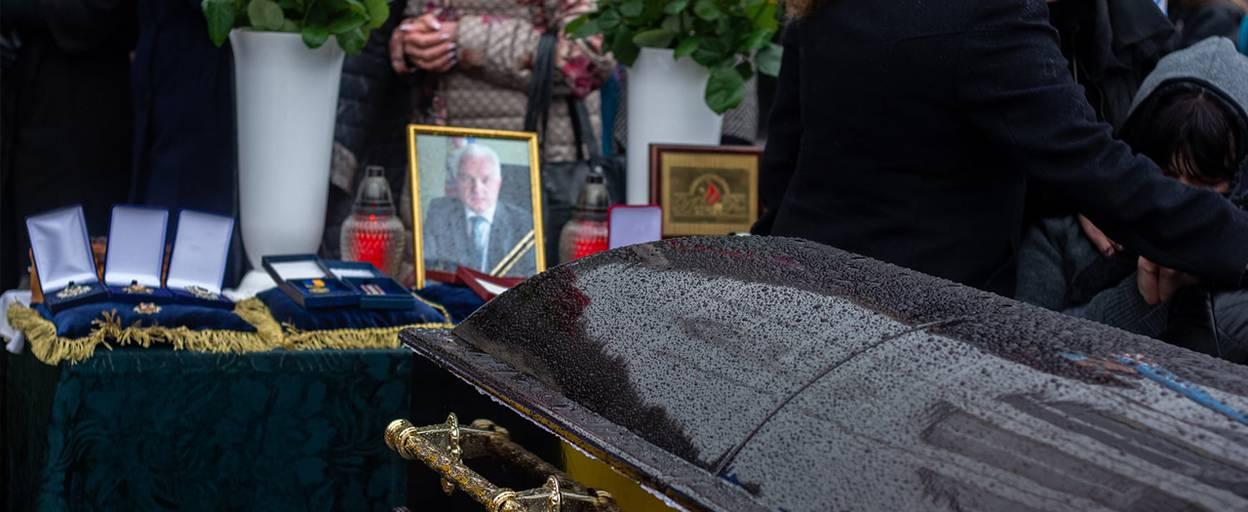 Бориспіль провів в останню путь міського голову Анатолія Федорчука оплесками