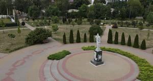 Історичний екскурс Книшовим меморіально-парковим комплексом