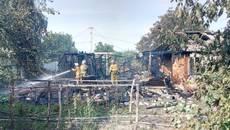На вихідних у Борисполі сталося дві пожежі – горіла квартира та складське приміщення. Фото