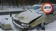 Масштабна ДТП на Бориспільській трасі: розбито п'ять автомобілів, є постраждалий (ФОТО)