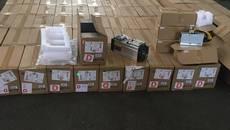 У «Борисполі» митники виявили партію пристроїв для майнінгу криптовалют на суму 13 млн грн. Фото