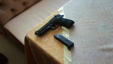 П'яного чоловіка зі зброєю затримали у центрі Борисполя. Фото