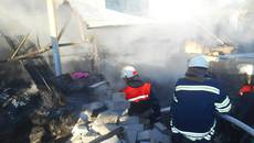 Пожежа у Борисполі ледь не знищила будинок та автомобіль. Фото