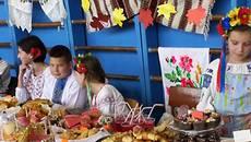 Благодійний ярмарок «День хліба»: бориспільські школярі зібрали майже 14 тисяч гривень. Відео