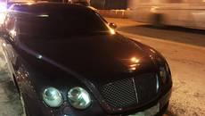 Нетверезого водія Bentley зупинили на території аеропорту патрульні Борисполя. Фото