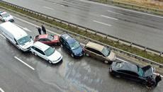 Масштабна ДТП на Бориспільському шосе – зіткнулися дев'ять автомобілів. Фото