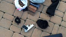 На Бориспільщині виявили незаконне видобування піску: вилучено техніку та арсенал зброї. Фото