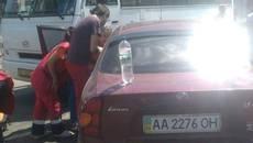 У Борисполі чоловік помер за кермом автомобіля, внаслідок чого сталася ДТП. Фото