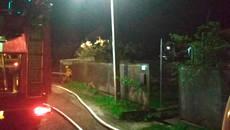 Пожежа у Борисполі знищила покрівлю та перекриття господарчої будівлі. Фото