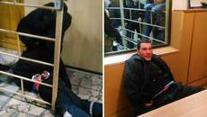 Агресивний молодик під час затримання намагався напасти на активістів «Сектору Безпеки». Фото
