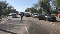 Масштабна ДТП на Бориспільській трасі – зіткнулися три легковика. Фото