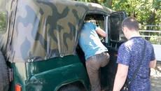 Патрульні Борисполя затримали дезертира, який втік із військової частини у зоні АТО. Фото