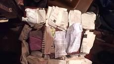 27 згортків з наркотиками та засоби для злому замків виявили патрульні у підозрілого чоловіка