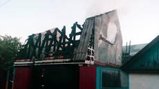 На Бориспільщині чоловік отримав 40% опіків тіла, намагаючись самотужки ліквідувати пожежу. Фото