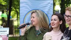 Благодійний аукціон, смаколики та жива музика: у Борисполі відбулося свято «Накатим». Відео
