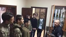 Фахівці-вибухотехніки провели пізнавальний урок для молоді Борисполя. Фото