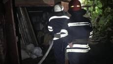 На Соцмістечку вночі сталася пожежа – горів приватний гараж. Фото