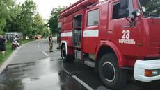 У Борисполі горів нежитловий будинок – вогонь знищив горище та перекриття будівлі. Фото